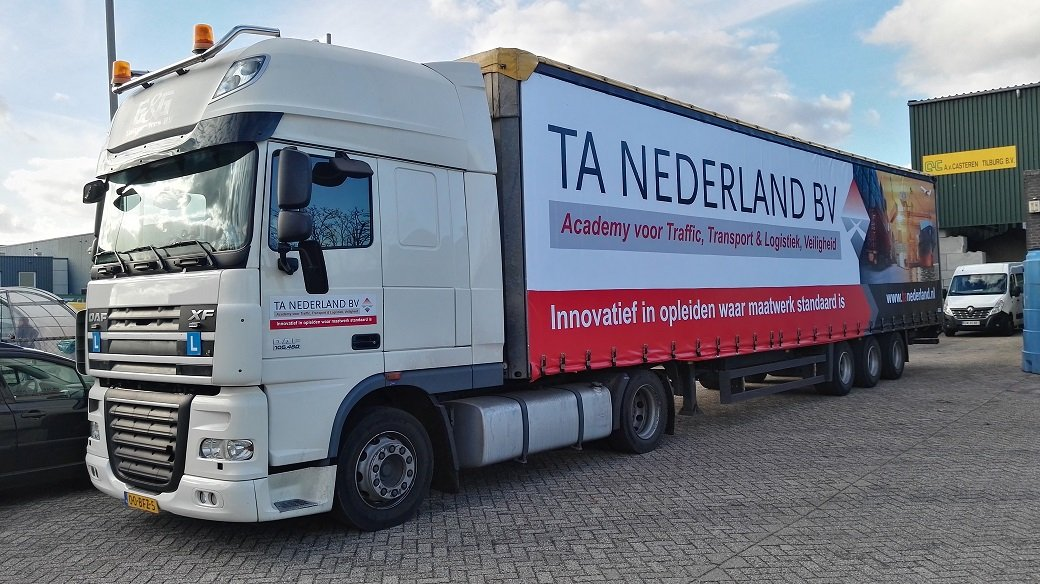 Vrachtwagen-TA1K small